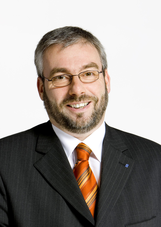 Herr Jörg Dehm